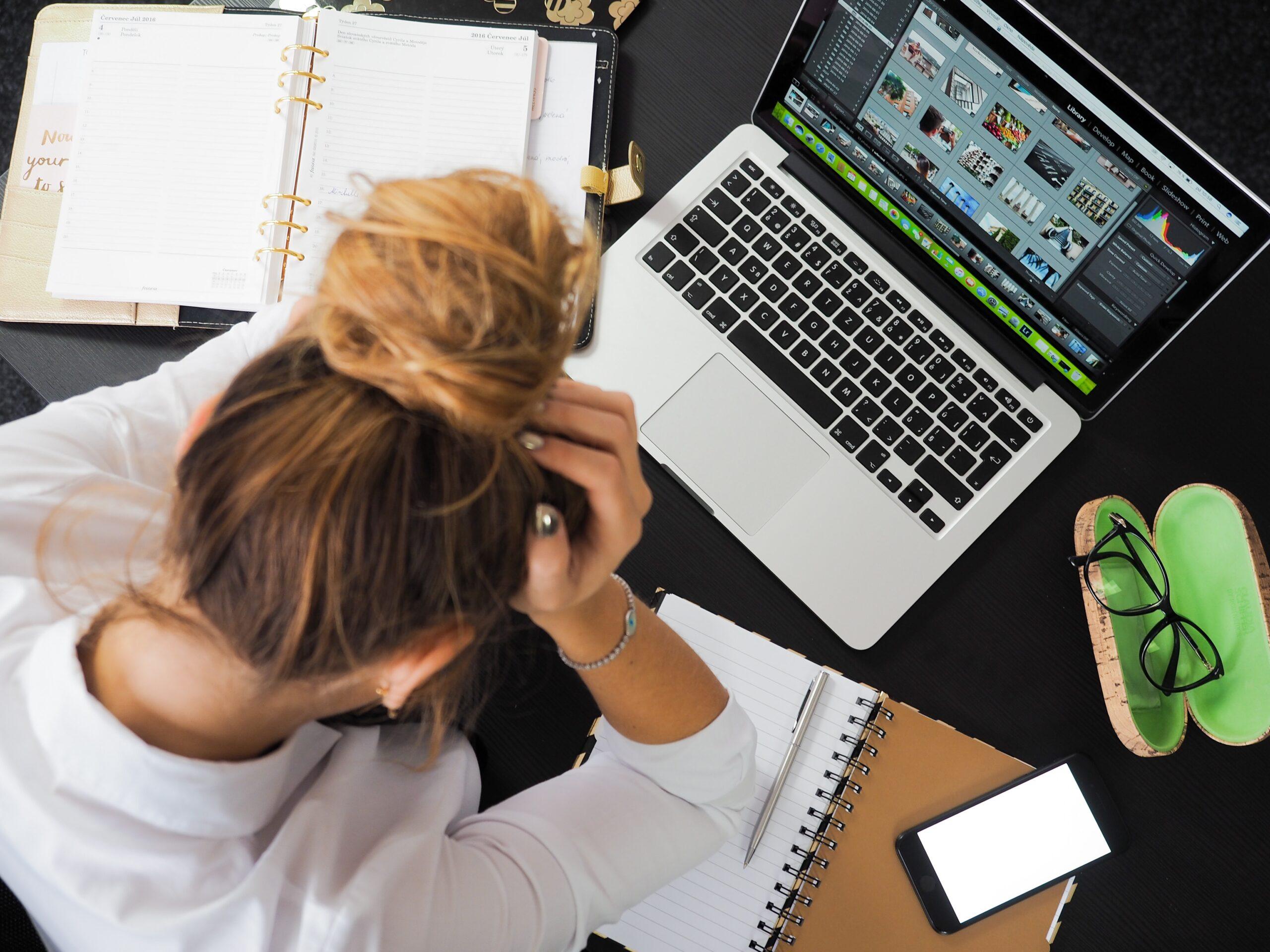 Krisen kan også opstå på arbejdet